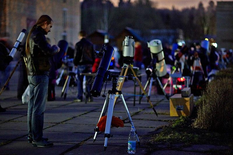 Вечерние наблюдения на АстроФесте.