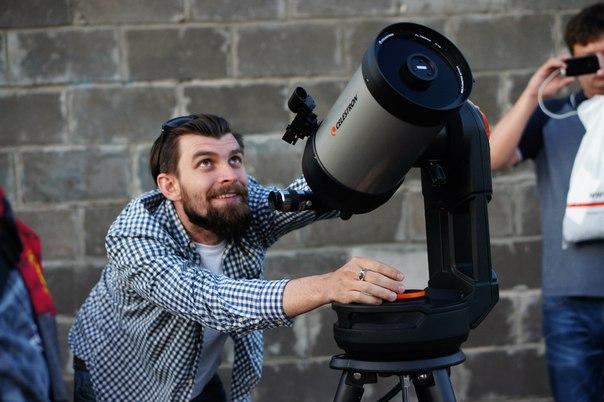 Наводим телескоп на Юпитер.