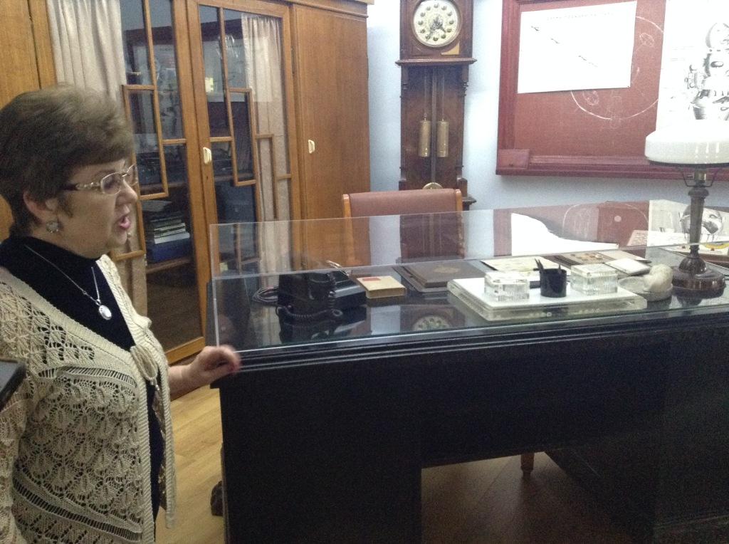 Воссозданный интерьер кабинета С.П.Королева