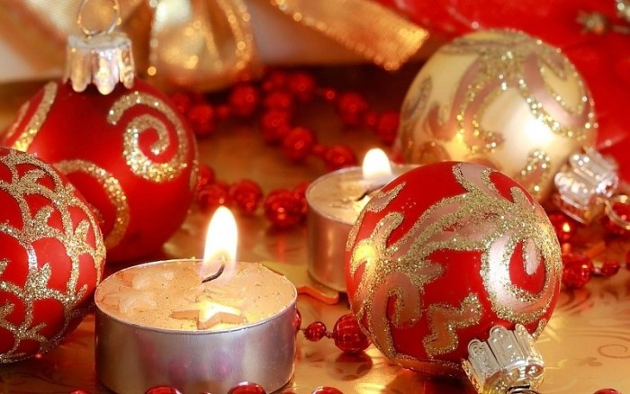 new-year-christmas-christmas-decorations-candles-close-up-images-77137